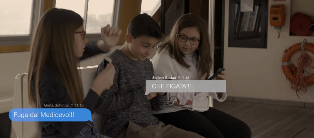 History Digital Library - La Biblioteca del futuro scena in motobarca